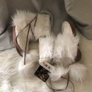 Shoes - Mike Luk fuzzy ball slipper booties